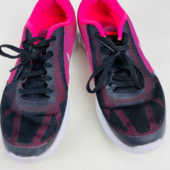 nike revolution 3 pink